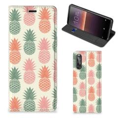 Sony Xperia 10 II Flip Style Cover Ananas